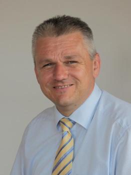 Herr Jörg-Michael Teply